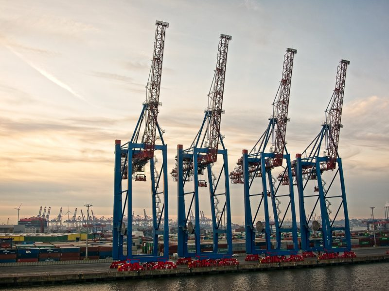 Cranes at the container terminal